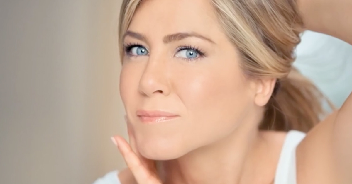Aveeno Positively Radiant | Jennifer Aniston